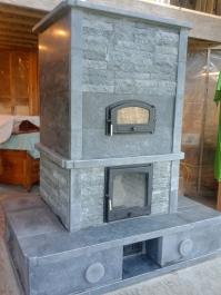 Soapstone contraflow masonry heater